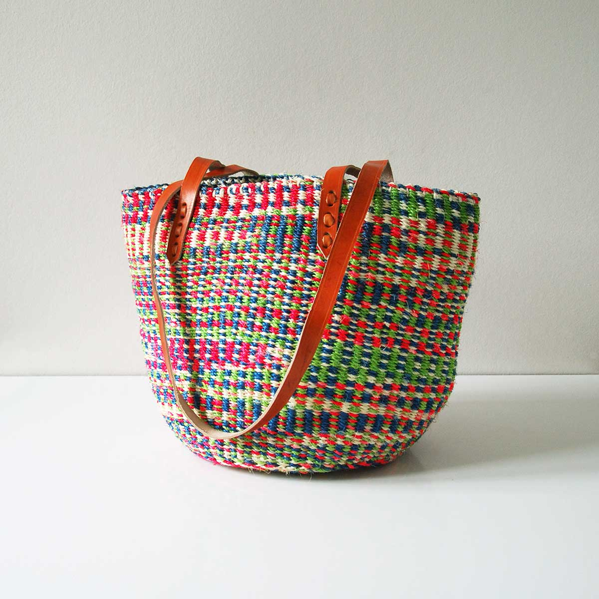 Multicoloured-pink-green-sisal-tote
